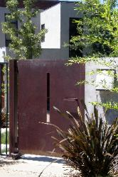 Modern Steel Gate - Fair Oaks