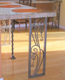 Custom Iron Art nouveau - Roseville